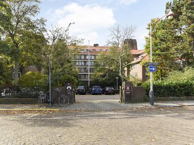 Alexander Gogelweg 27 in 'S-Gravenhage 2517 JE