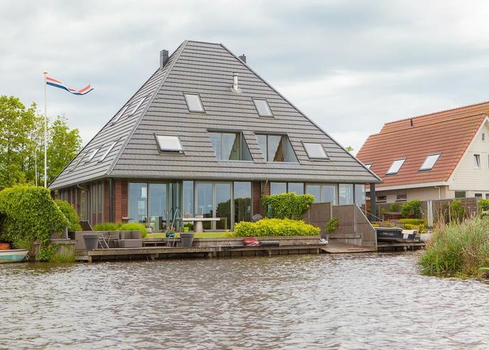 Westzanerdijk 428 in Zaandam 1507 AS