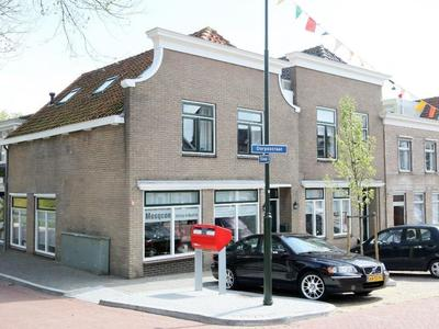 Dorpsstraat 3 in Hellevoetsluis 3223 BG