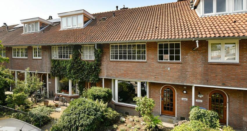 Mr. Reijnstlaan 11 in Amstelveen 1181 PR