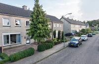 Van Pijkerenlaan 13 in Oldebroek 8096 VD