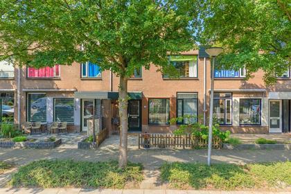 Constantijnstraat 6 in Zoeterwoude 2382 HC