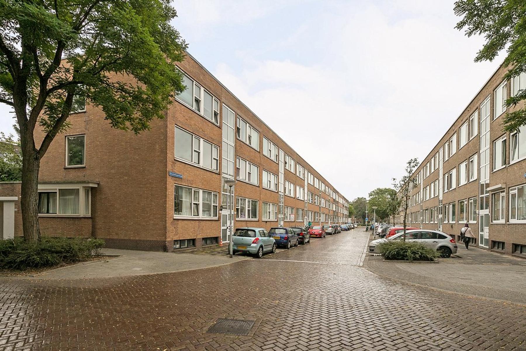 Terschellingsestraat 8 A in Rotterdam 3083 PL
