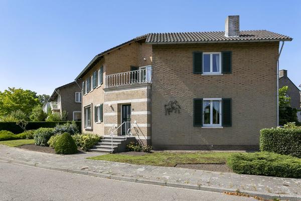 Champs Elyseesweg 32 in Maastricht 6213 AA