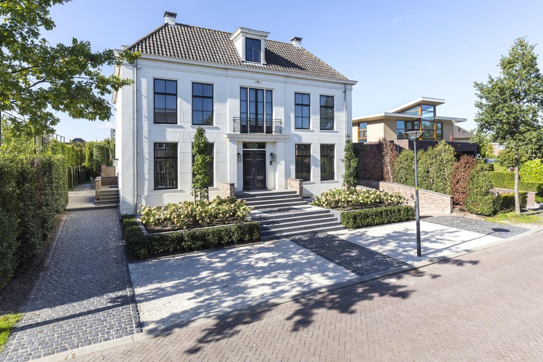 Statendam 18 in Hoofddorp 2134 WX