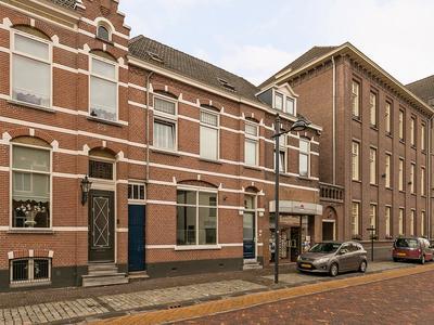 Markt 38 in Oudenbosch 4731 HP