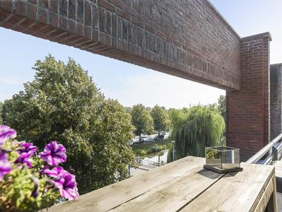 Hoofdweg 1191 A in Nieuw-Vennep 2151 MG