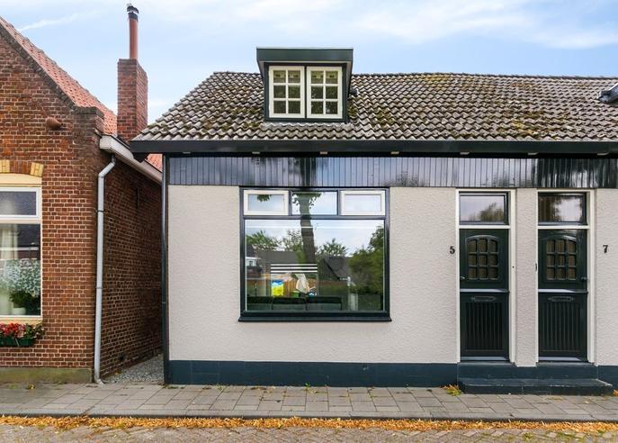Tholenseweg 5 in Halsteren 4661 HE