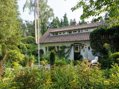 Rembrandtlaan 15 in Huis Ter Heide 3712 AJ