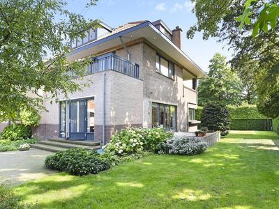 Vijverweg 4 in Wassenaar 2243 HS