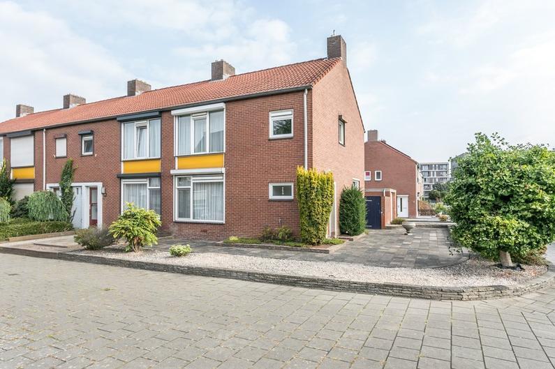 Bonifaciusstraat 1 in Heerlen 6413 GL