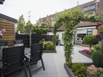 Jaap De Jongstraat 17 in Nieuw-Lekkerland 2957 KD