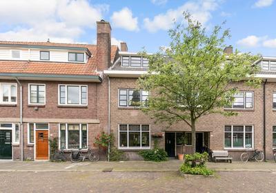 Jacob Van Ruisdaelstraat 72 in Utrecht 3583 CG
