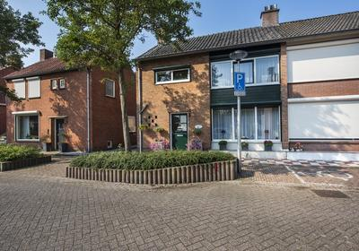 Van Boutershemstraat 11 in Rucphen 4715 AR