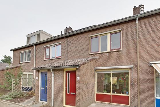 Fagotlaan 15 in Nieuwegein 3438 CE