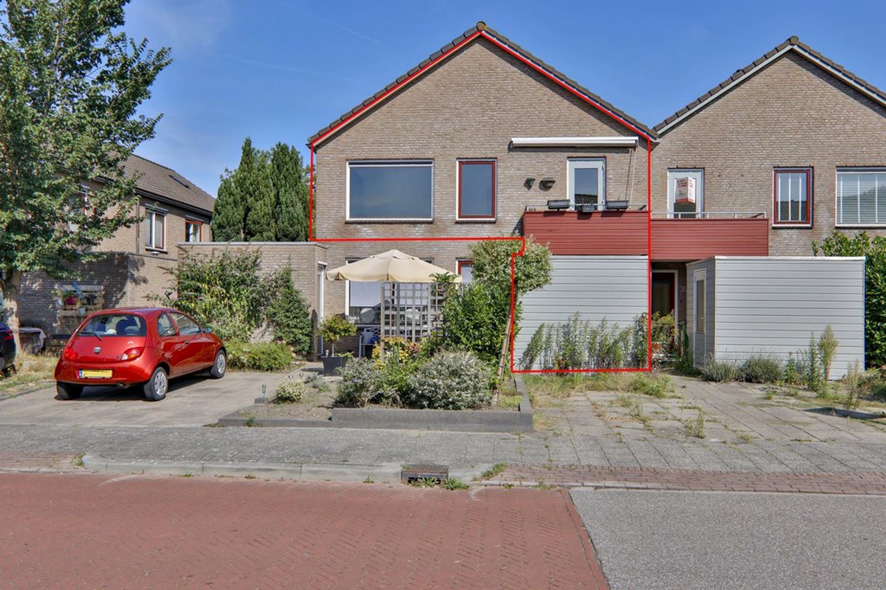 Jennerstraat 38 in Hoogeveen 7909 EA