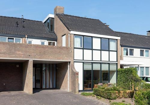 Flemingstraat 18 in Hengelo 7555 BN