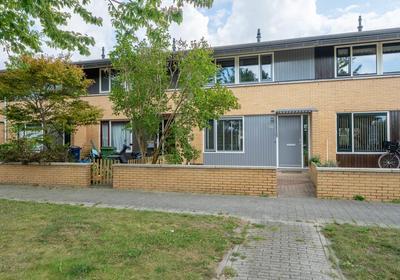Eeuwenweg 59 in Almere 1335 CM