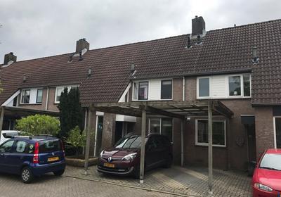 Ds. Louwe Kooymanslaan 57 in Waalwijk 5142 GH