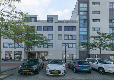 Avenue Carnisse 185 in Barendrecht 2993 MD
