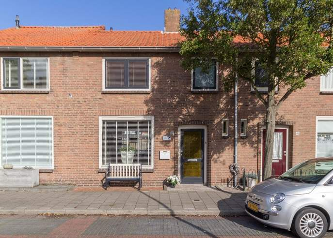 Hazelaarstraat 40 in Monster 2681 TD