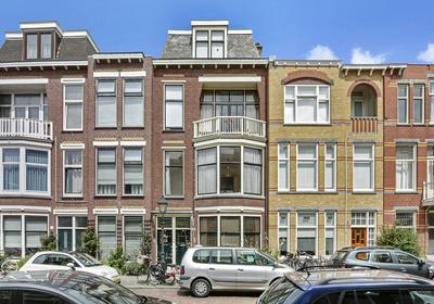 Van Weede Van Dijkveldstraat 49 in 'S-Gravenhage 2582 KR