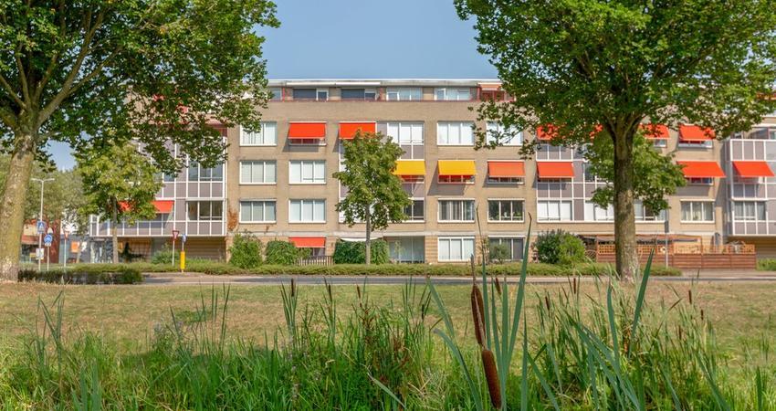 Brabantstraat 82 in Alphen Aan Den Rijn 2408 GB