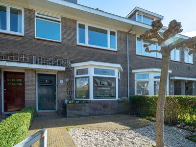 Oostdorperweg 90 in Wassenaar 2242 NM