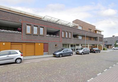 Koningstraat 446 in Dordrecht 3319 PH