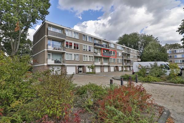 Capella 63 in Hoogeveen 7904 BB