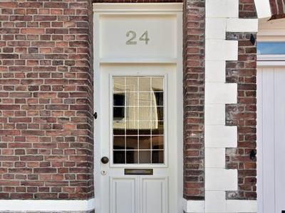 Kerkstraat 24 in Born 6121 LD
