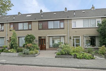 Smetana 5 in Naaldwijk 2671 XG