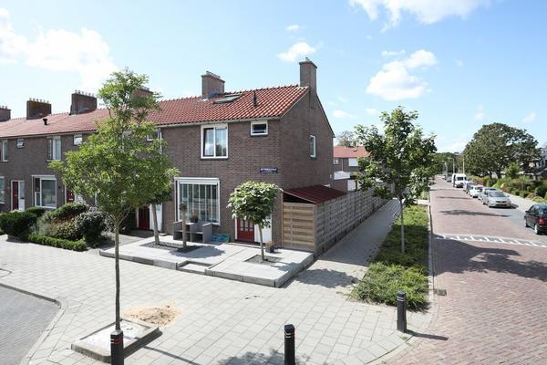 Beyerinckstraat 18 in Emmeloord 8302 GV