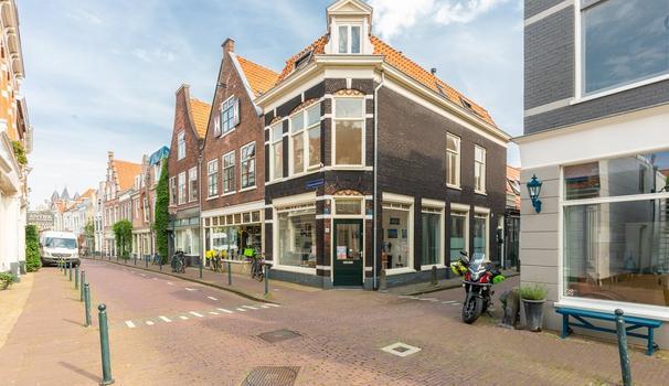 Spaarnwouderstraat 98 Zwart in Haarlem 2011 AG