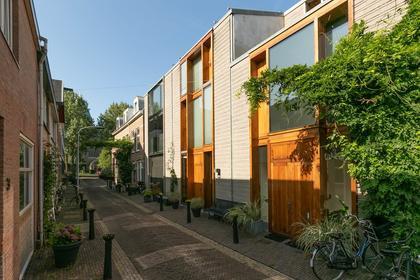 Leidsezijstraat 6 in Haarlem 2013 XR
