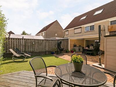 Rijnlaan 57 in Helmond 5704 HX