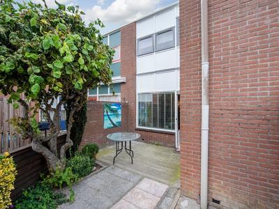 Eekhoorntjesbrood 27 in Alphen Aan Den Rijn 2403 RC