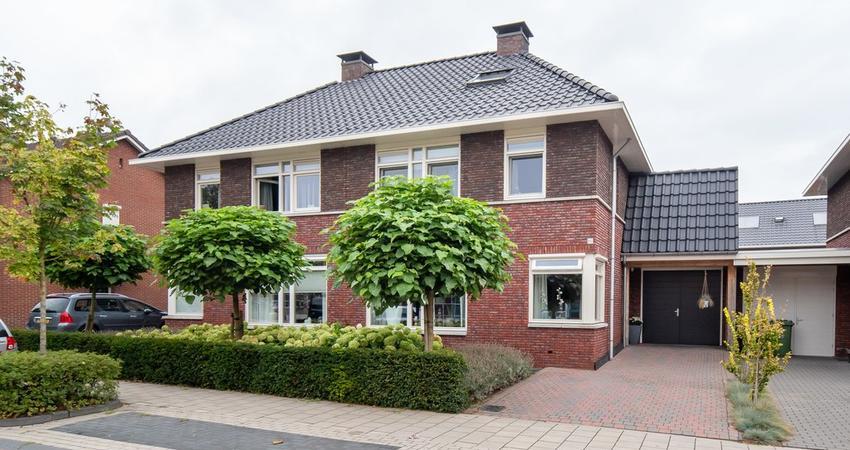 Graaf Ottostraat 45 B in Rijssen 7461 CP