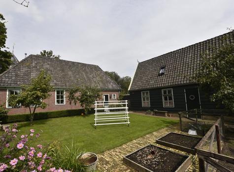 Kerkeveld 3 in Venhuizen 1606 AV
