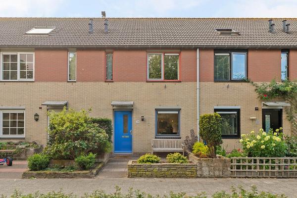 Lubitschstraat 34 in Almere 1325 RW