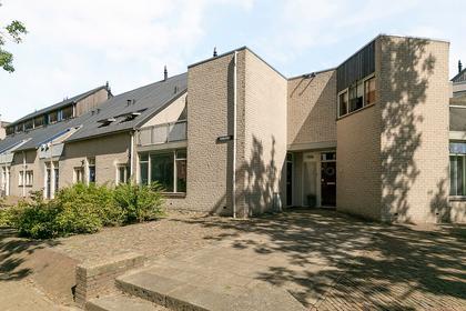 Parelplein 37 in Middelburg 4337 MT