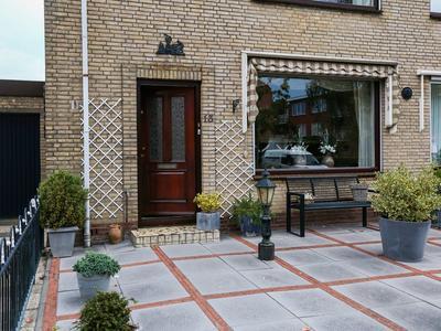 Jacob Catsstraat 13 in Krimpen Aan De Lek 2931 XD