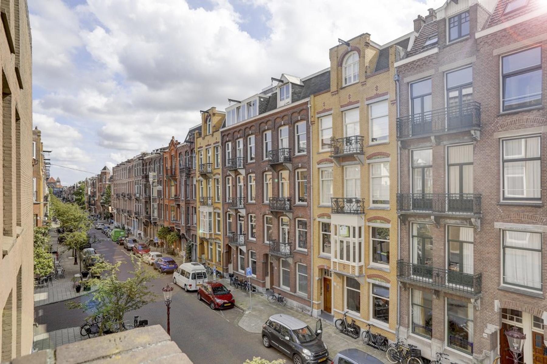 Valeriusstraat 130 -2 in Amsterdam 1075 GE