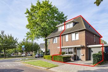 Burg. Van Beckhovenstraat 32 in Oisterwijk 5062 EG