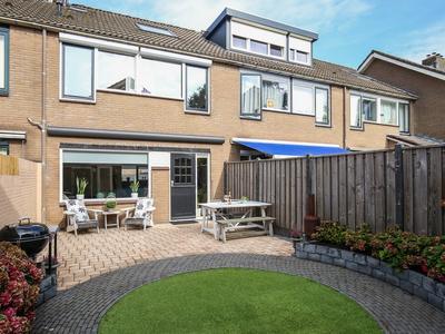 Muidenbrink 4 in Harderwijk 3844 JN