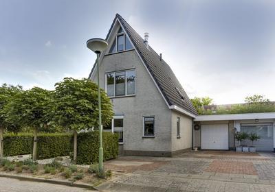 Prins Willem Van Oranjestraat 22 in Sleeuwijk 4254 DC