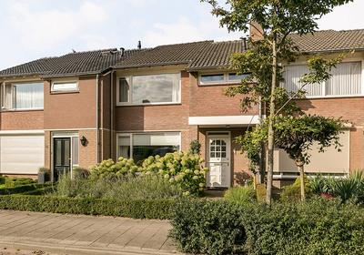 Arthur Van Schendelstraat 39 in Gemert 5421 RE