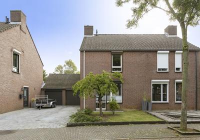 Zonnedauwhof 139 in Roermond 6043 KK