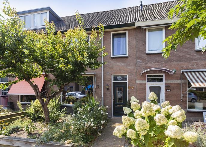 Gortstraat 107 in Veenendaal 3905 BD