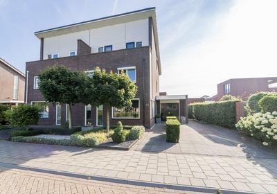 Terp 27 in Kampen 8266 JA